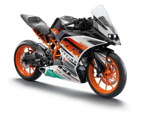 110513-2014-ktm-390_RC_Duke_PP_1_Race_front_re