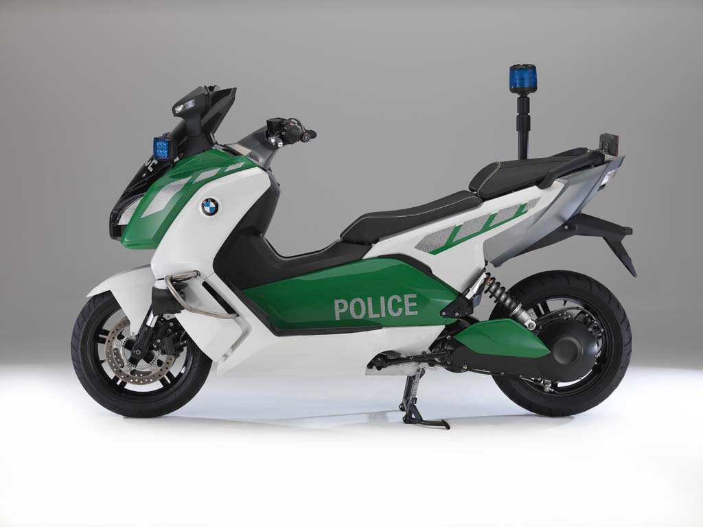 bmw c evolution police spec electric scooter concept news. Black Bedroom Furniture Sets. Home Design Ideas
