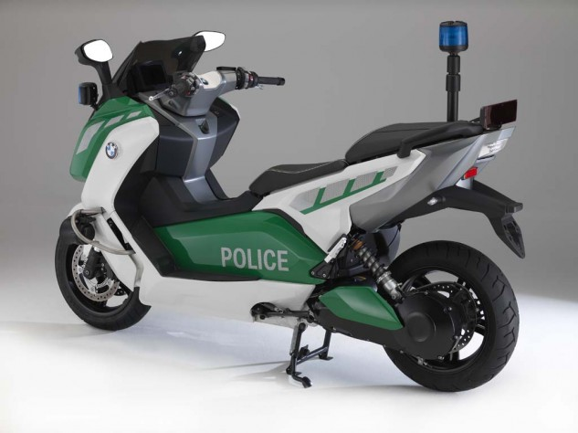 111513-bmw-c-evolution-police-04