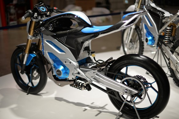112013-yamaha-pes1-electric-concept-13