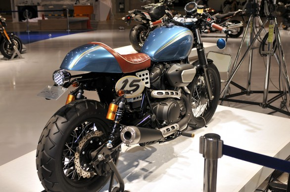 112013-yamaha-star-bolt-cafe-concept-03