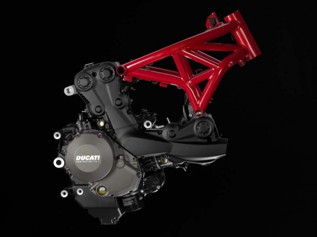 12-2014-ducati-monster-1200_Engine_Frame_02