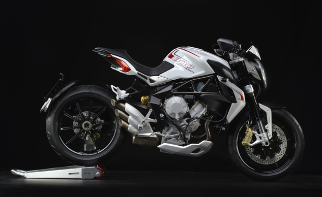 MV Agusta Brutale 800 Dragster white right front profile