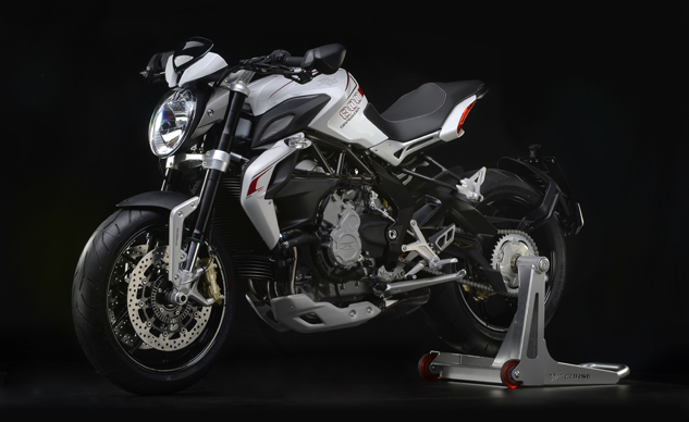 MV Agusta Brutale 800 Dragster white left front 3/4 profile