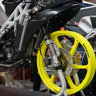 Husqvarna_Moto3_BIke_front_wheel