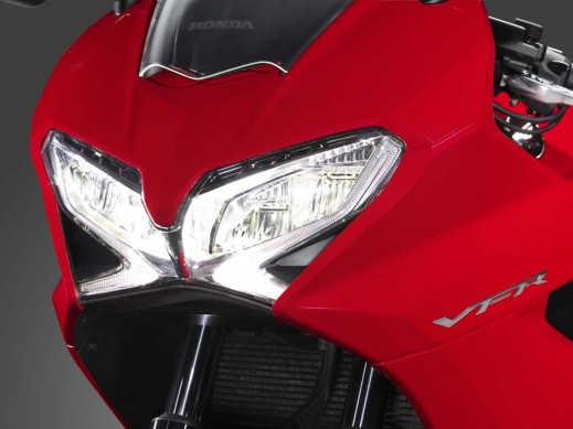 020414-2014-honda-interceptor-vfr800f-08