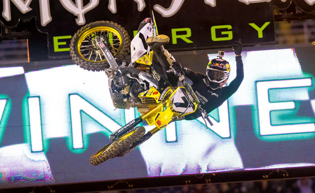 021314-james-stewart-suzuki-ama-supercross-f