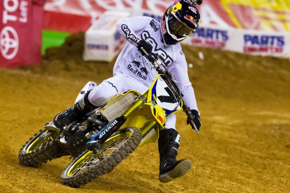 021814-james-stewart-suzuki-ama-supercross-arlington-2
