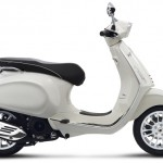 Vespa Sprint 125 white studio right profile