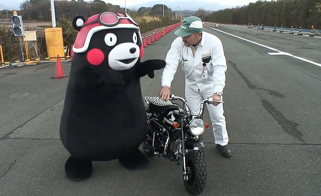 030614-kumamon-riding-honda-monkey-f