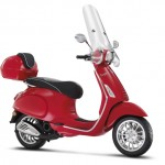 Vespa Sprint 50 2t red studio right profile