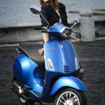Vespa Sprint 125 blue outdoor front profile