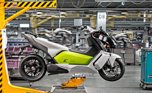 040414-bmw-c-evolution-production-f