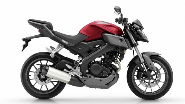 050714-2014-Yamaha-MT125-EU-Anodized-Red-Studio-002