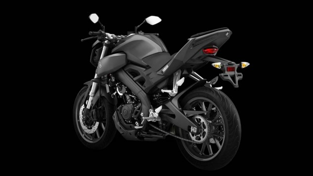 050714-2014-Yamaha-MT125-EU-Matt-Grey-Studio-010