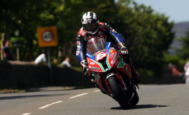 060314-dunlop-bmw-iomtt-superstock-tt-f