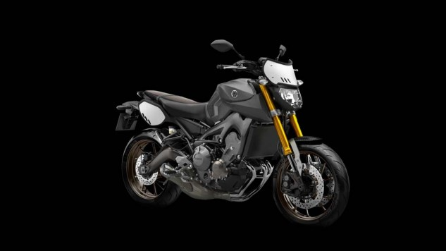 061114-2014-yamaha-mt09-street-tracker-eu-matt-grey-studio-008