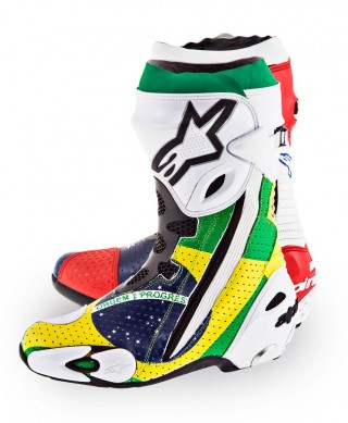 061314-parkes-alpinestars-world-cup-boots-left
