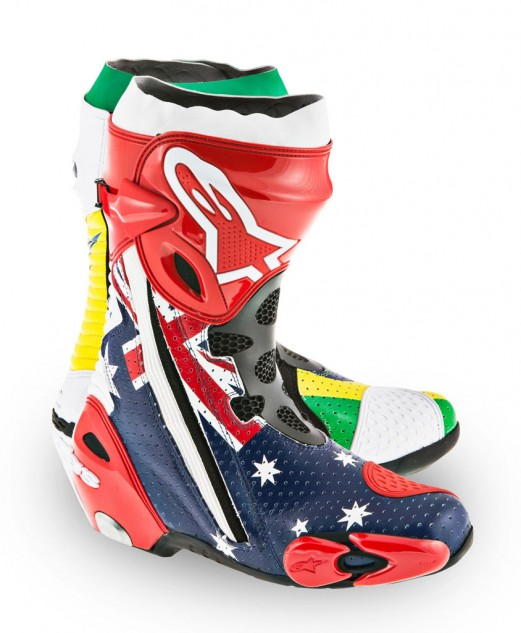061314-parkes-alpinestars-world-cup-boots-right