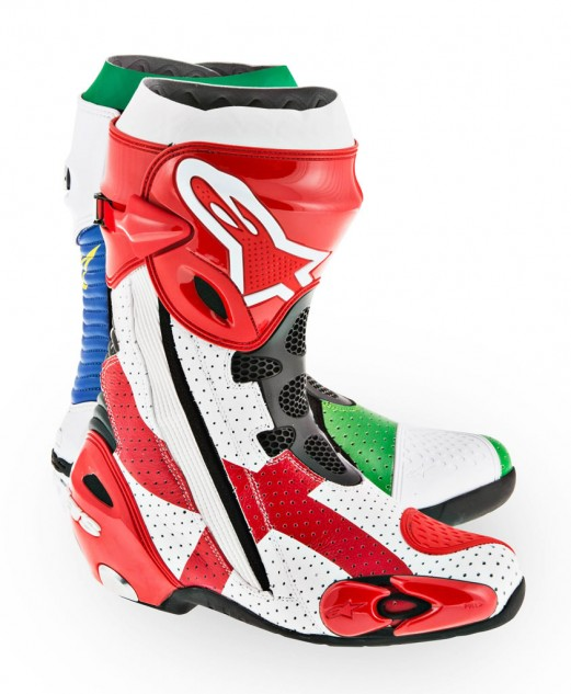 061314-redding-alpinestars-world-cup-boots-right