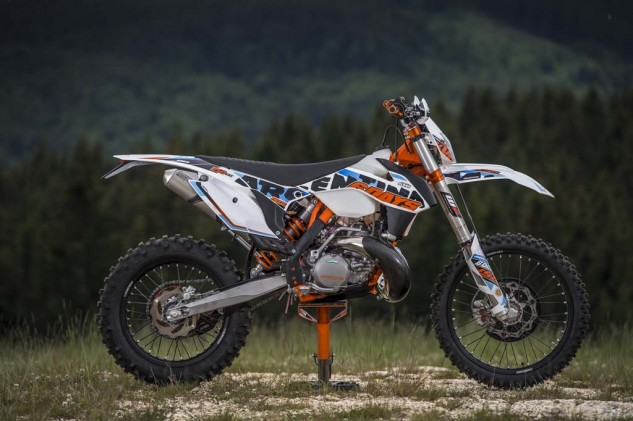 061714-2015-ktm-six-days-enduro-18