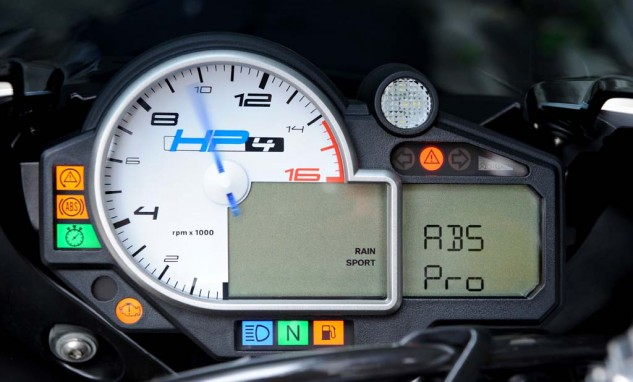 071814-bmw-hp4-cornering-abs-01