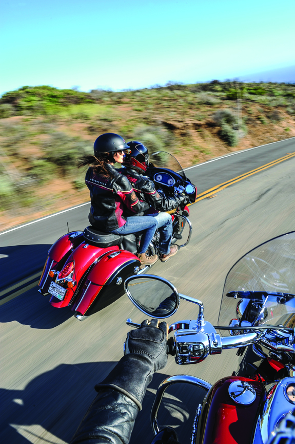 Motorcycle Dealers In Ohio >> Indian Announces Two-Tone Paint Schemes For 2015 Lineup » Motorcycle.com News