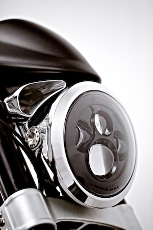 KRGT-1_headlight