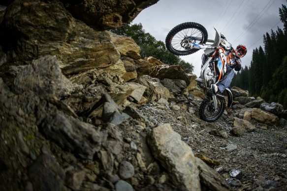 092214-2015-93351_KTM_Freeride_E_Action