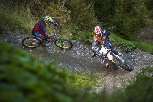 092214-2015-93399_KTM_Freeride_E_Action