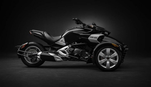 092414-2015-can-am-spyder-F3_side Blk_15
