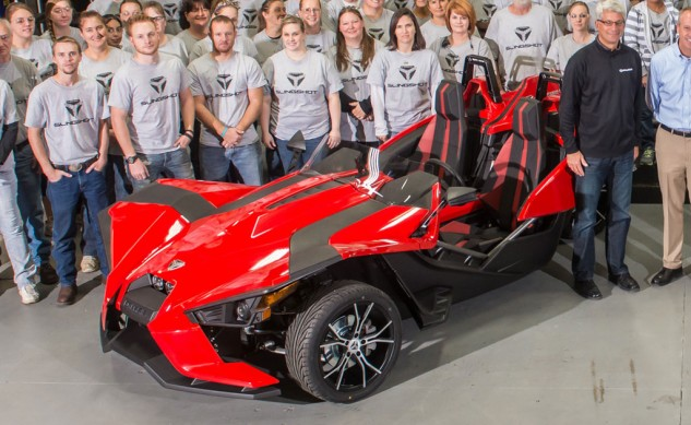 101014-2015-polaris-slingshot-production-red-f