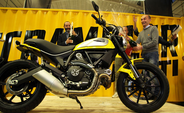 120114-ducati-scrambler-production-f
