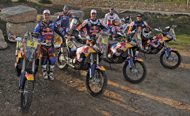 120114-ktm-dakar-rally-2015-team-f