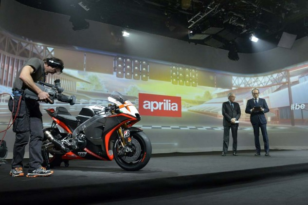 030515-aprilia-rs-gp-motogp-launch-022