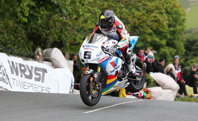 060815-isle-of-man-tt-superbike-f