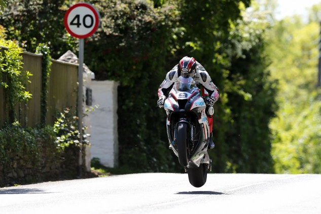 Ian Hutchinson led for much of the race before the second pit stop. Photo by IOMTT.com.