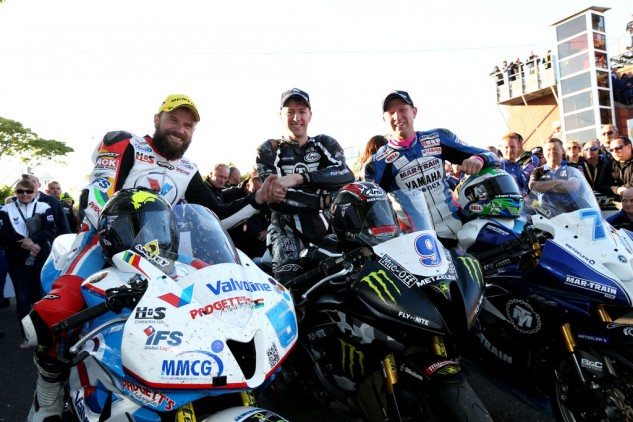 060815-isle-of-man-tt-supersport-1-podium-anstey-hutchinson-johnson