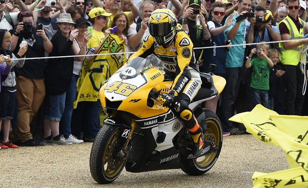 062915-rossi-yamaha-goodwood-festival-speed-f