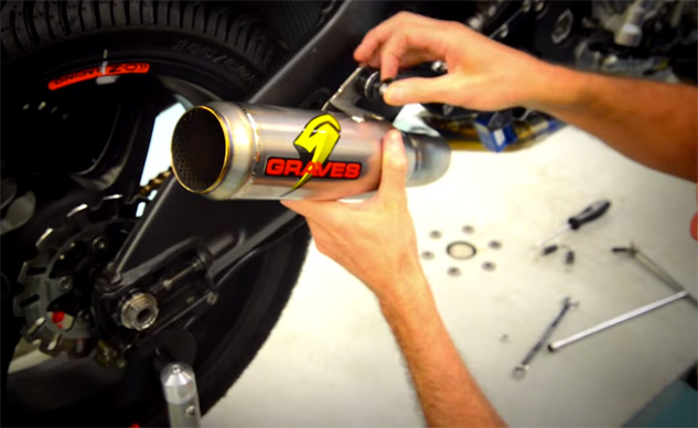 Yamaha To Debut New Graves R1 Open Exhaust At Laguna Seca Video