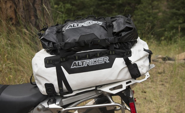 AltRider_SYNCH_Dry_Bag (3)_feature