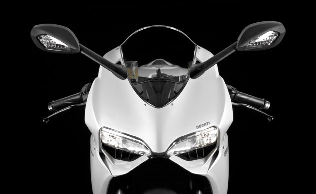 092815-2015-ducati-899-panigale-front-f