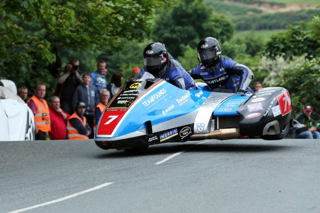 060616-founds-aalto-2016-iomtt-sure-sidecar-1