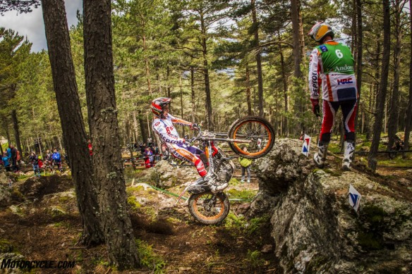 teamhrc16_repsolhondateam_r4_busto_5116_ps-lowres