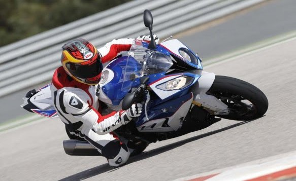 BMW S1000RR_feature