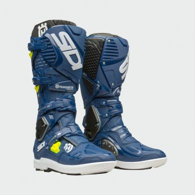 3HS193010X CROSSFIRE 3 SRS BOOTS FRONT 45 DEGREE