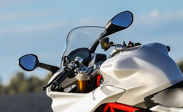 112018-ducati-supersport-mirror-recall-f