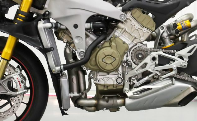 120418-2018-ducati-panigale-v4-s-speciale-no-fairing-engine-oil-cooler