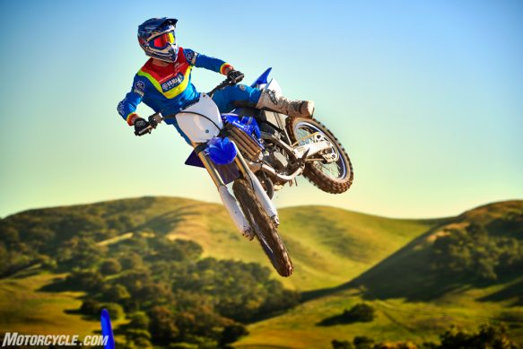 20_YZ125_TeamYamahaBlue_Additional02-2