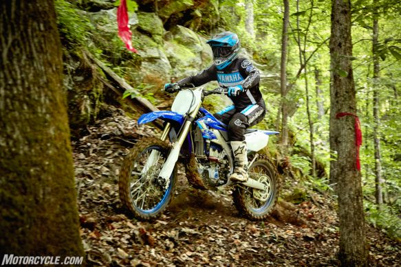 20_YZ250FX_TeamYamahaBlue_Additional01-2